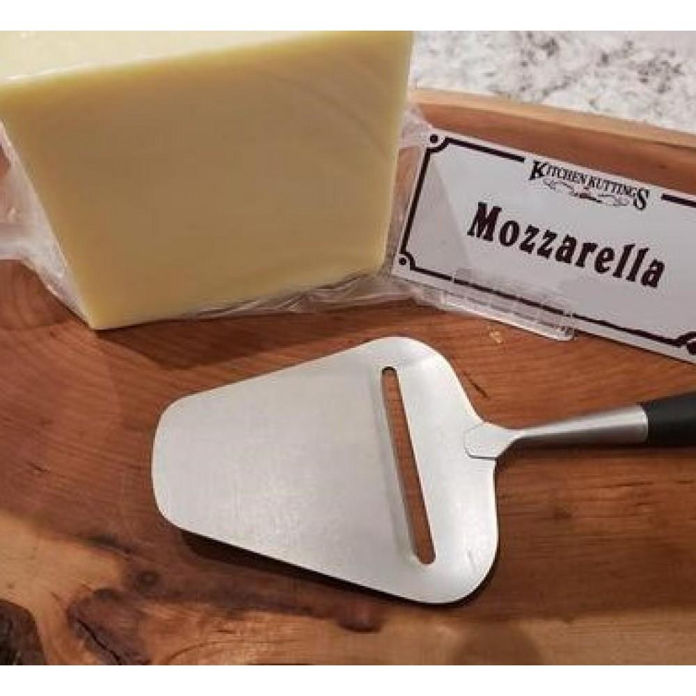 Fresh Cut Mozzarella Cheese (per 1/2 lb.)